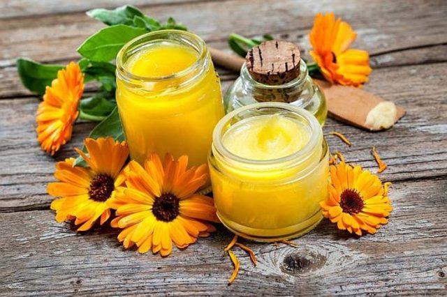 Фото: календула для очищения жирной кожи